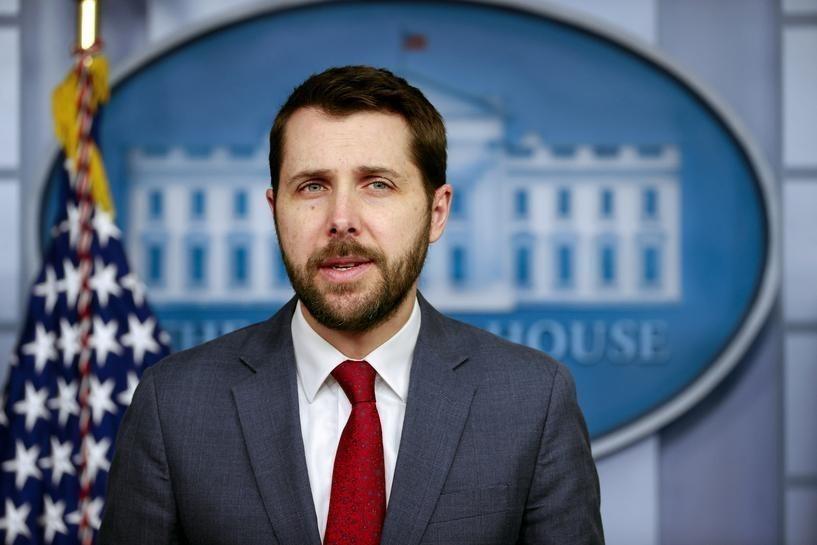 Cố vấn kinh tế Nhà Trắng Brian Deese. Ảnh: Reuters