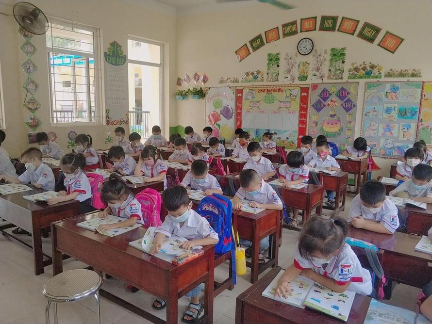Linh hoạt dạy học bám sát diễn biến dịch