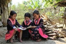 Hỗ trợ thiết bị học tập thông minh cho trẻ em hoàn cảnh khó khăn, vùng dân tộc thiểu số