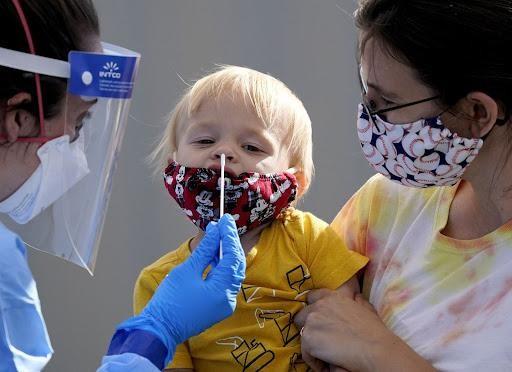 Nghiên cứu mới về nguy cơ mắc COVID-19 ở trẻ em
