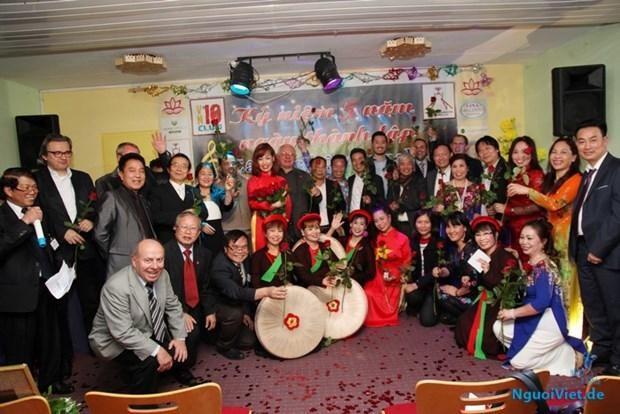 Văn nghệ - một trong những cầu nối văn hóa đối ngoại của Việt Nam tại Đức
