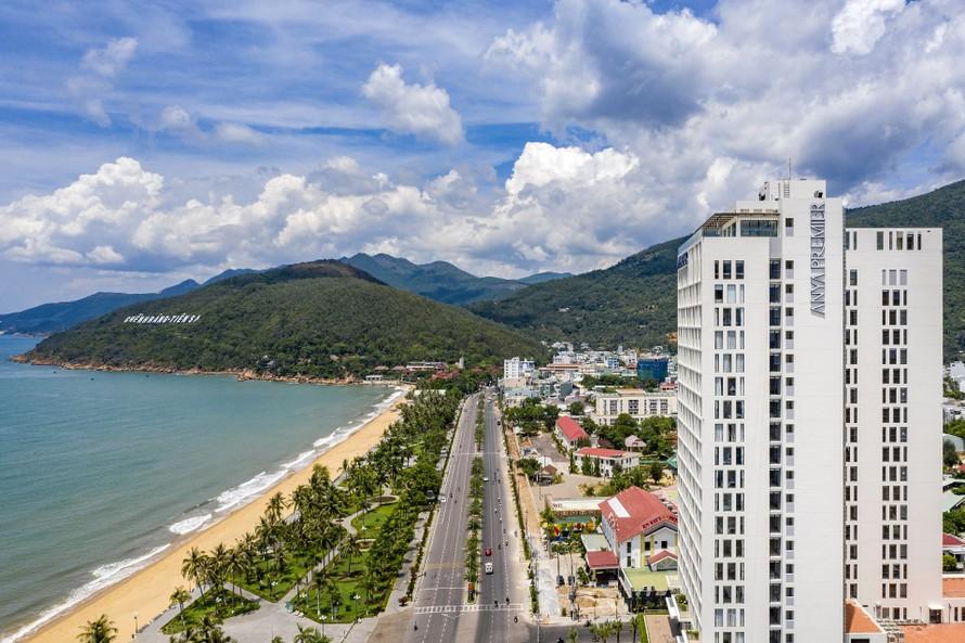 Khách sạn 5 sao theo tiêu chuẩn quốc tế đầu tiên tại Quy Nhơn chính thức khai trương