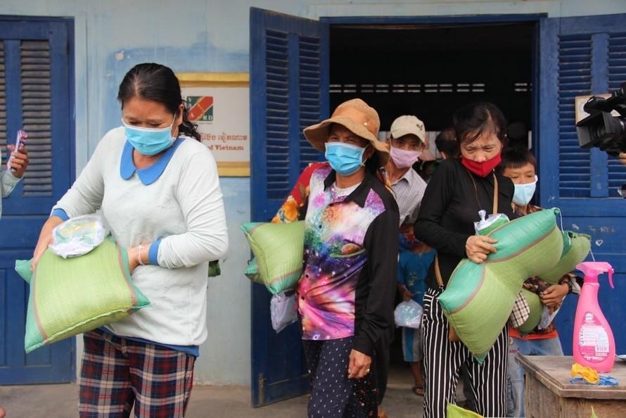 Cộng đồng người Việt tại Campuchia gặp khó vì Covid -19 đang lan rộng