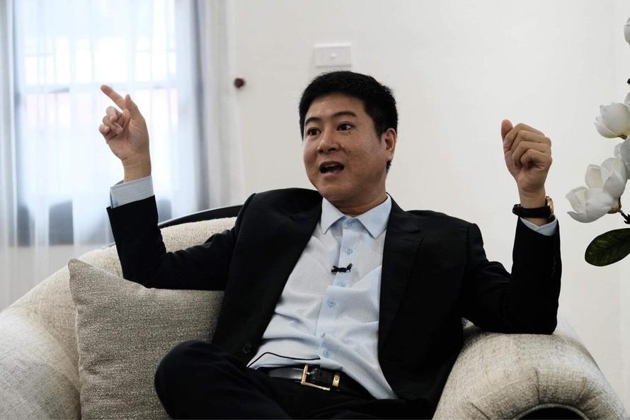 Doanh nhân Hồ Hoàng Hải trò chuyện với PV Ngày Nay