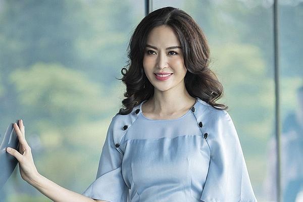 Hoa hậu Thu Thủy và cuốn tiểu thuyết 'Mưa rơi trên thành phố'