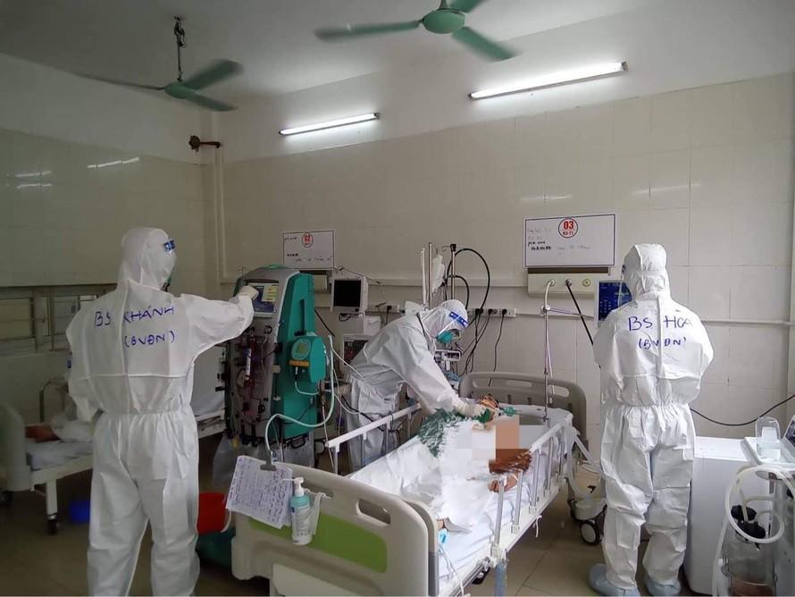 Bệnh nhân COVID-19 nặng chỉ thở 20 lần một phút sẽ được thay đổi cách điều trị