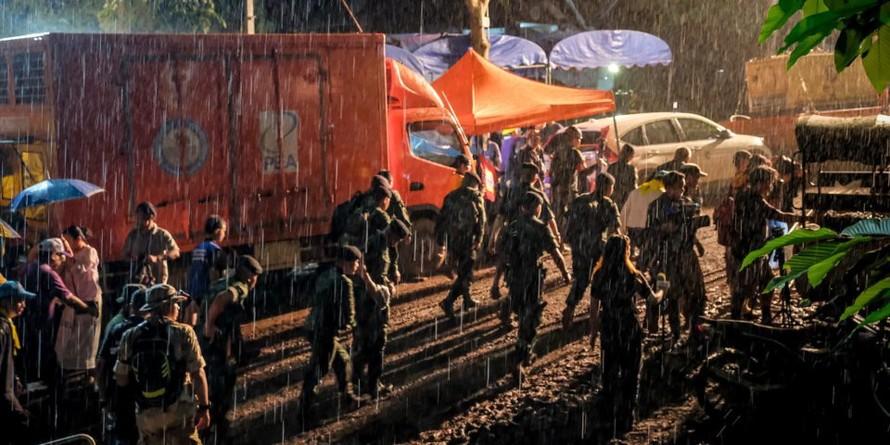 Những 'người hùng' thầm lặng trong chiến dịch giải cứu đội bóng Thái Lan sau 18 ngày mắc kẹt.