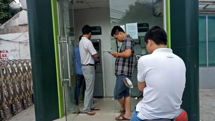 Đảm bảo ATM không quá tải và hết tiền trong dịp Tết Nguyên đán.