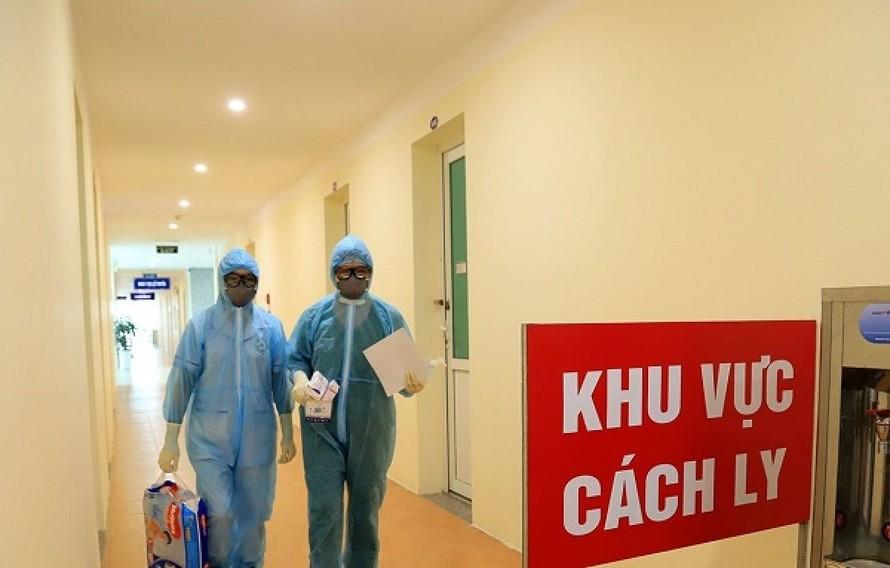 TPHCM cách ly 50 người tiếp xúc với bệnh nhân tái dương tính COVID-19