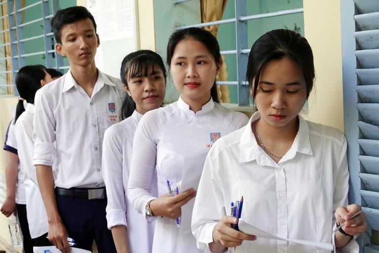 Kỳ thi tốt nghiệp THPT quốc gia năm 2020 sẽ được chia thành 2 đợt?