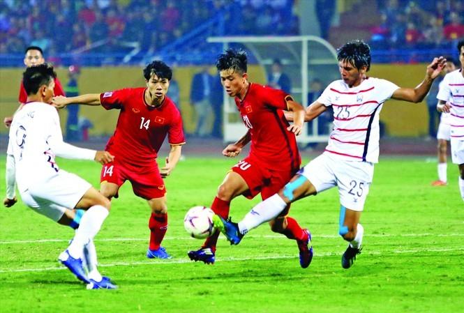 """Các giải bóng đá Đông Nam Á tạm """"đóng băng"""" tới hết năm 2020"""