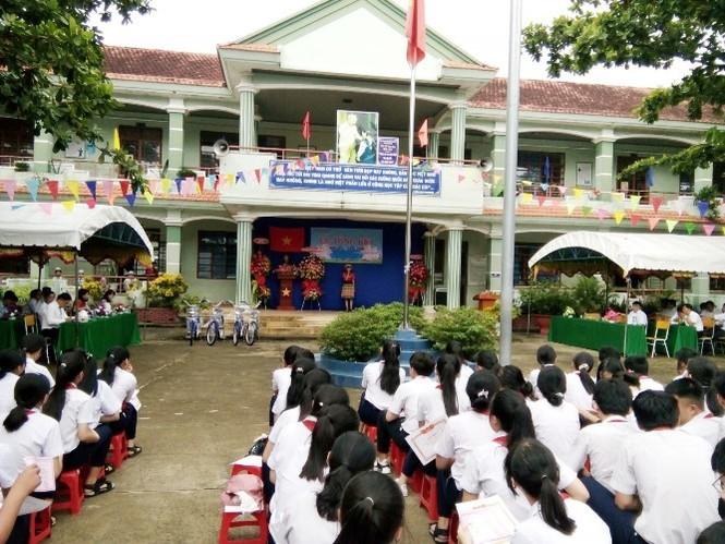 Trường THCS Hòa Phú thu, chi không đúng quy định