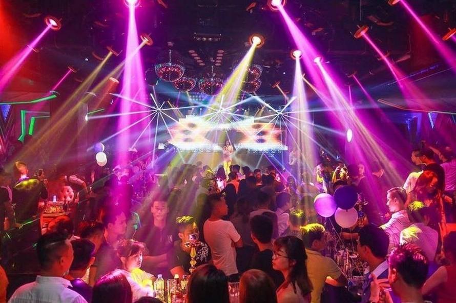 Quán bar, vũ trường, karaoke ở TP.HCM được phép mở cửa trở lại