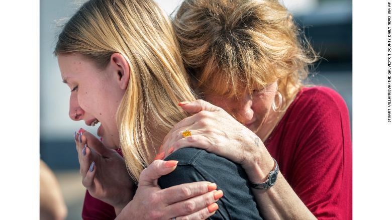 Vụ xả súng tại Texas: Nhân chứng còn chưa hết hoảng sợ