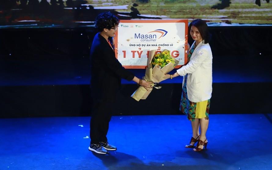 Tập đoàn Masan ủng hộ 1 tỷ đồng cho chương trình Nhà Chống Lũ góp phần xây dựng nhà an toàn cho bà con vùng lũ.