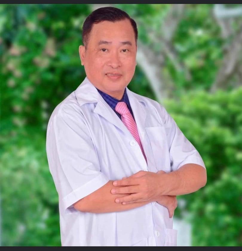 Bác sĩ Nguyễn Văn Tiến (Bệnh viện Ung bướu TP.HCM)