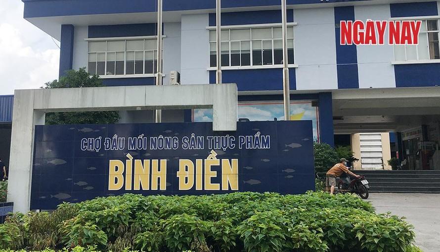 Cả công ty và tiểu thương chợ Bình Điền cùng chịu nghĩa vụ đóng tiền thuệ đất.
