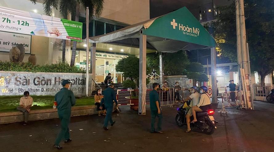 """Bệnh viện Hoàn Mỹ Sài Gòn đang trong tình trạng """"nội bất xuất, ngoại bất nhập""""."""