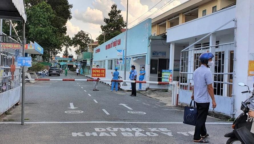 Phong toả bệnh viện Quân dân y miền Đông. Ảnh: Thanh Niên