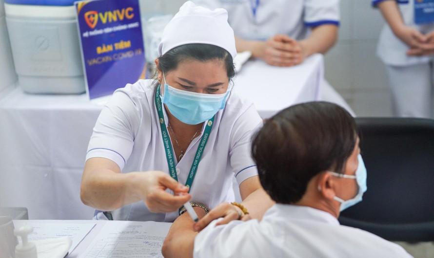 TP.HCM được ưu tiên 800.000 liều vắc xin