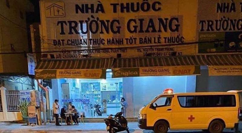 Phong toả Nhà thuốc Trường Giang - nơi ca nghi nhiễm đến mua thuốc.