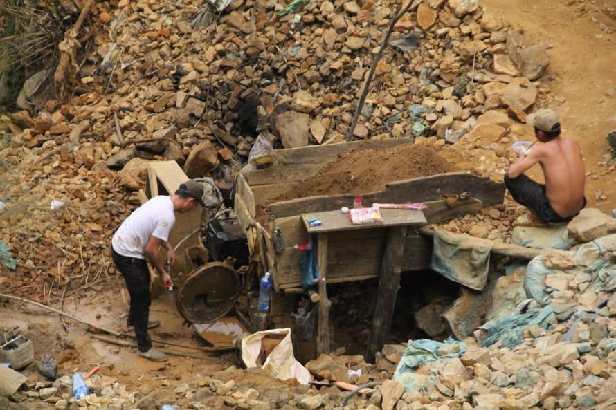 Quảng Nam lại kiến nghị đóng cửa mỏ vàng Bồng Miêu