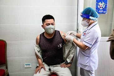 100% CBCNV Thép Hòa Phát Dung Quất đã được tiêm vắc xin phòng ngừa Covid-19