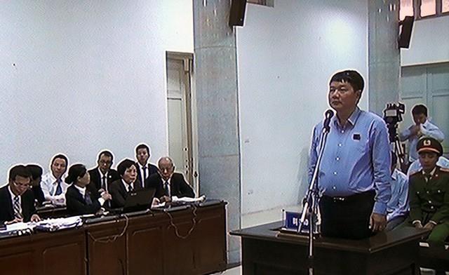 Bị cáo Đinh La Thăng tại phiên xử sáng nay (19/3)