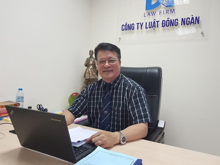 Luật sư Nguyễn Duy Dụ kể lại sự việc với phóng viên Ngày Nay