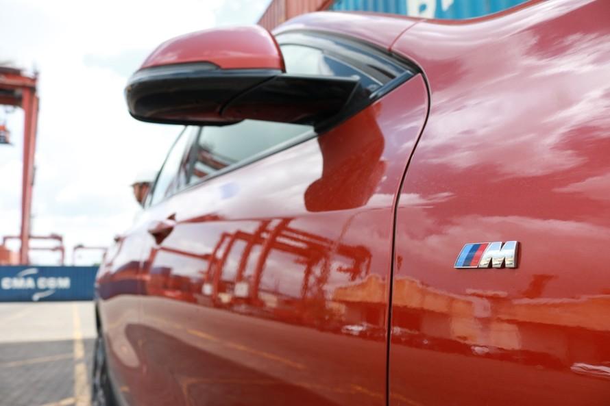 Soi cận cảnh BMW X2 hoàn toàn mới lần đầu tiên về VN