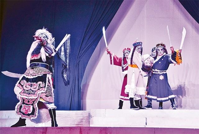 Một cảnh trong vở hát bội Sanh vi tướng, tử vi thần.