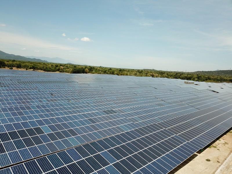 Đầu tư vào điện mặt trời: Sẽ áp dụng phương án 1 giá điện trên toàn quốc?