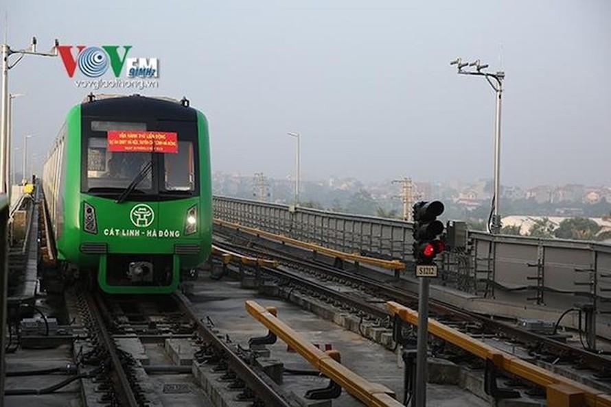 Ban quản lý Dự án đường sắt cũng chưa dự kiến được khi nào sẽ chính thức chạy thử toàn hệ thống đường sắt Cát Linh - Hà Đông.