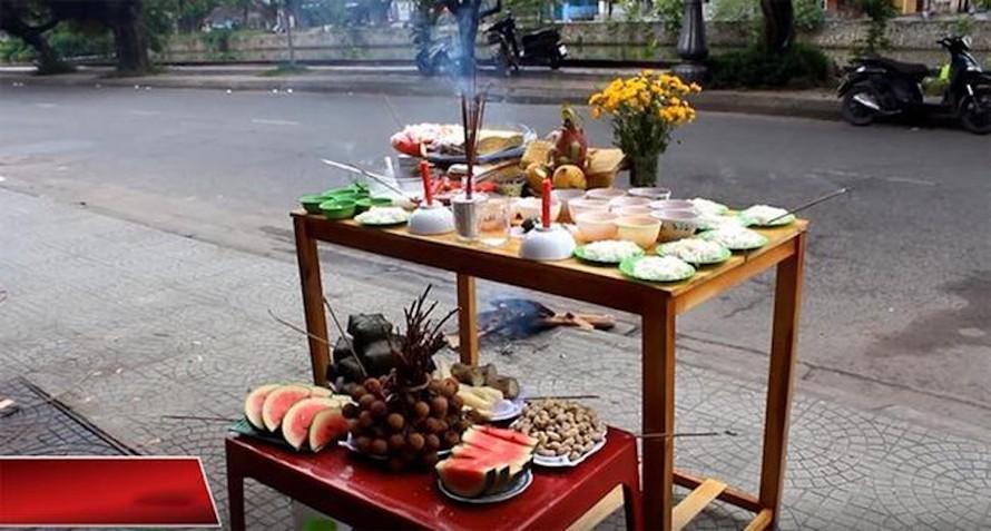 Bài khấn cúng Rằm tháng Bảy theo 'Văn khấn cổ truyền Việt Nam'