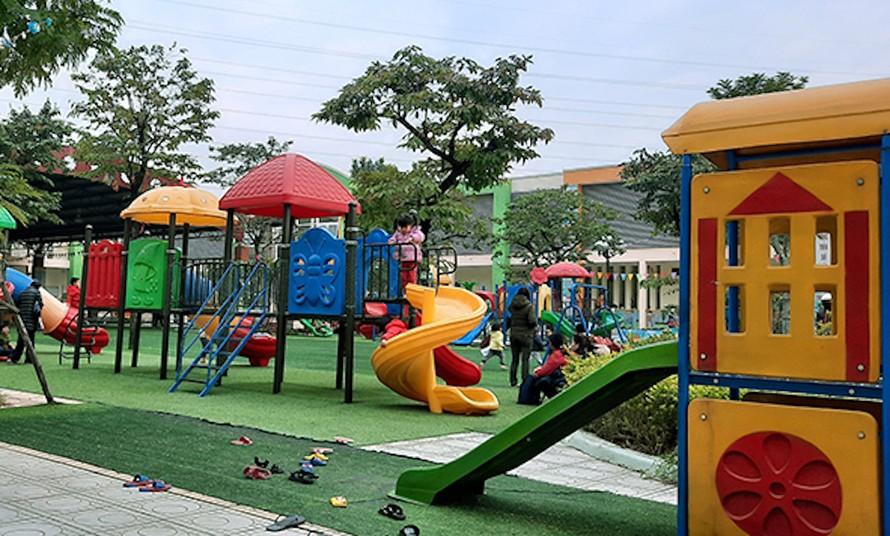 Yêu cầu làm rõ trách nhiệm vụ trẻ 4 tuổi phải cấp cứu sau khi chơi cầu trượt ở trường