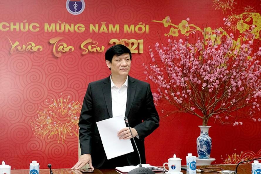 GS.TS Nguyễn Thanh Long- Bộ trưởng Bộ Y tế phát biểu tại cuộc họp