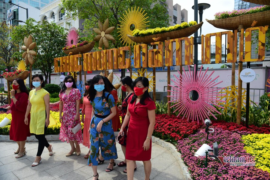 Đường hoa Nguyễn Huệ sẽ mở cửa thêm một ngày.