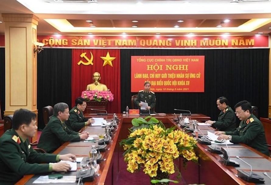 Thượng tướng Đỗ Căn chủ trì Hội nghị lãnh đạo, chỉ huy và Ban Thường vụ Đảng ủy Cơ quan TCCT giới thiệu nhân sự ứng cử bầu ĐBQH khóa XV. (Nguồn: qdnd.vn)