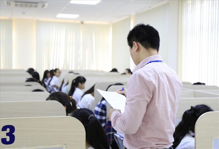Thí sinh tham dự Kỳ thi đánh giá năng lực của ĐH Quốc gia Hà Nội năm 2016.