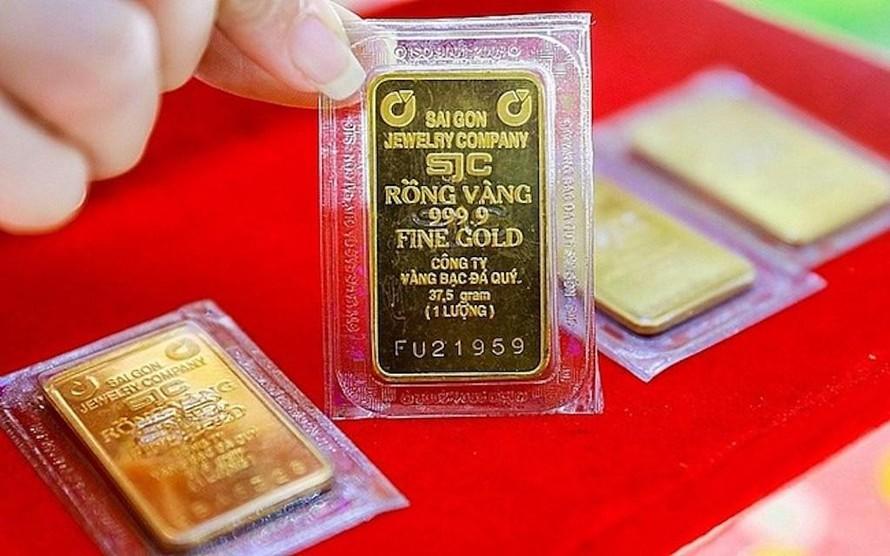 Giá vàng trong nước bất ngờ giảm sâu trong phiên giao dịch ngày 18/3.