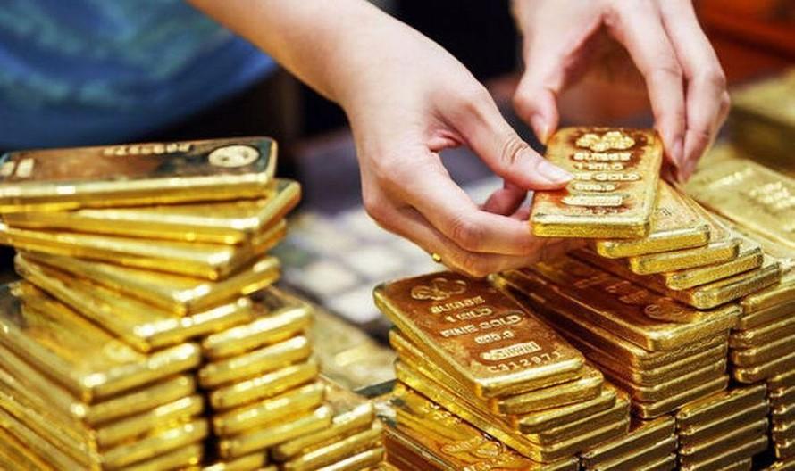 Hôm nay 1/4, giá vàng bất ngờ tăng mạnh trở lại.