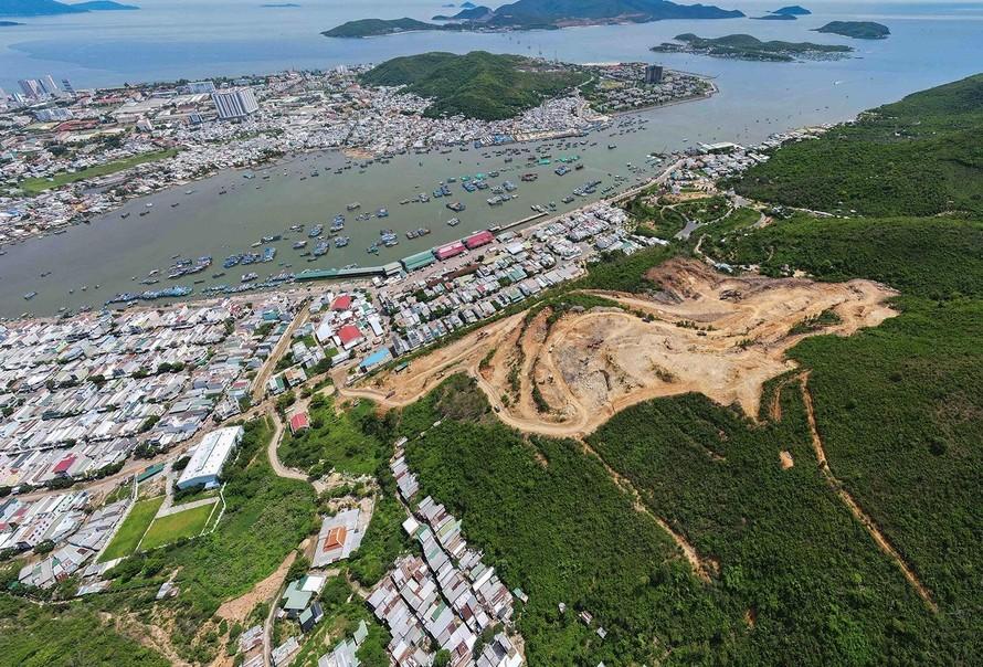Khánh Hoà: 'Xẻ thịt' rừng phòng hộ để xây biệt thự
