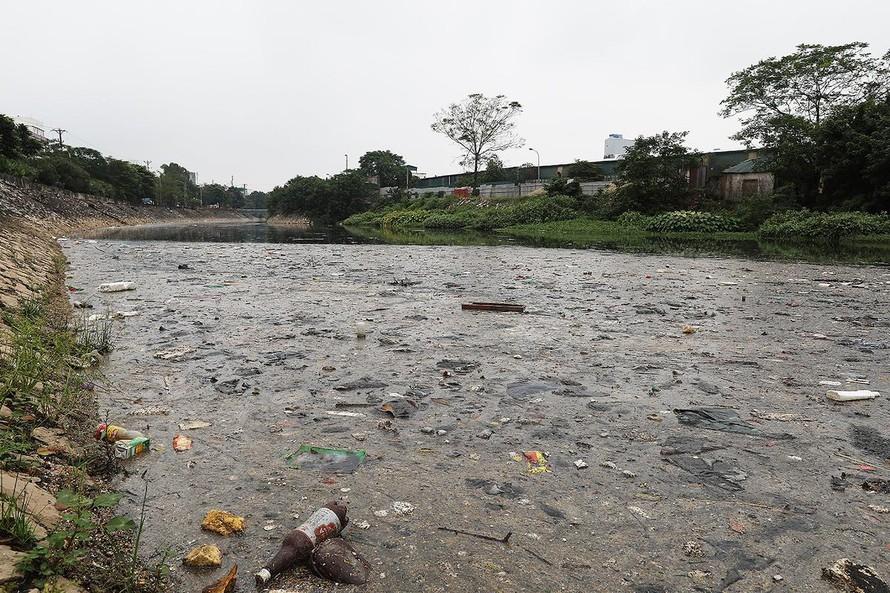 Sông Nhuệ - sông Đáy ô nhiễm: Dân 'kêu cứu' trong sự khắc khoải
