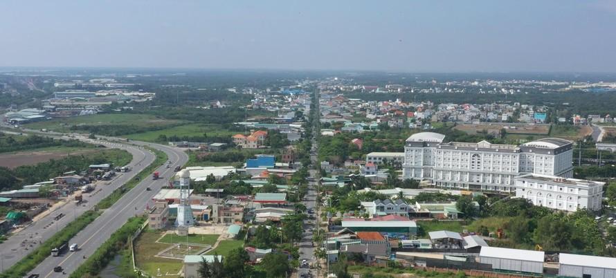Huyện Nhà Bè, TPHCM hiện có tốc độ đô thị hoá nhanh, nằm trong đề án chuyển lên thành quận.