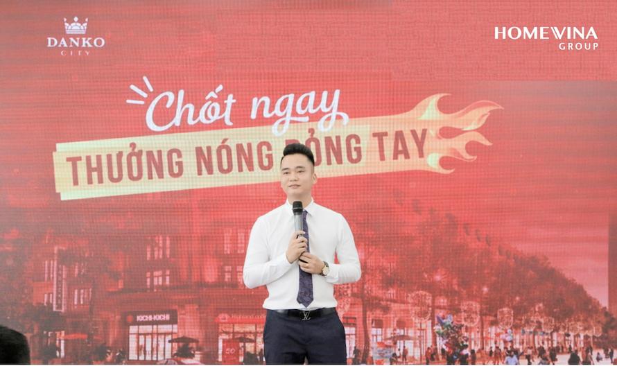 Chủ tịch HĐQT Lê Ngọc Thắng phát biểu trong sự kiện nội bộ Homevina Group