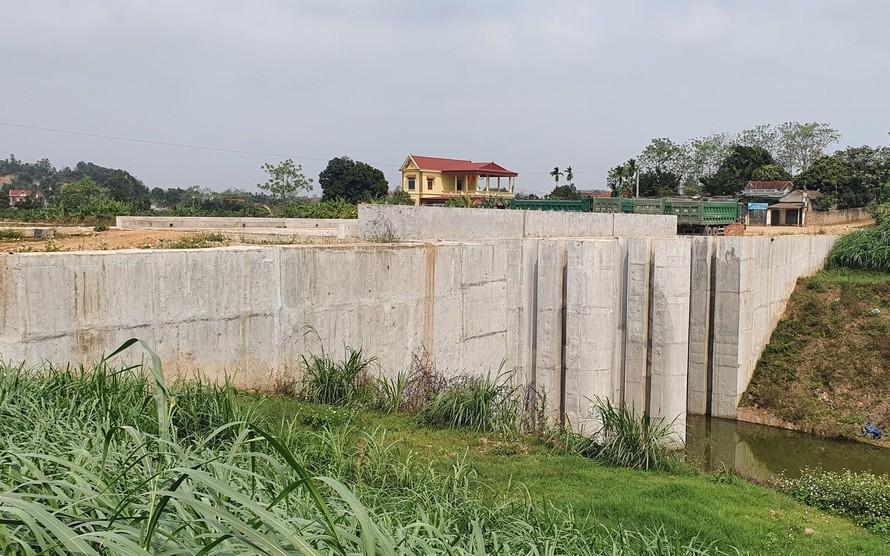 Dự án sông Tích sau hơn 10 năm vẫn ngổn ngang, bế tắc