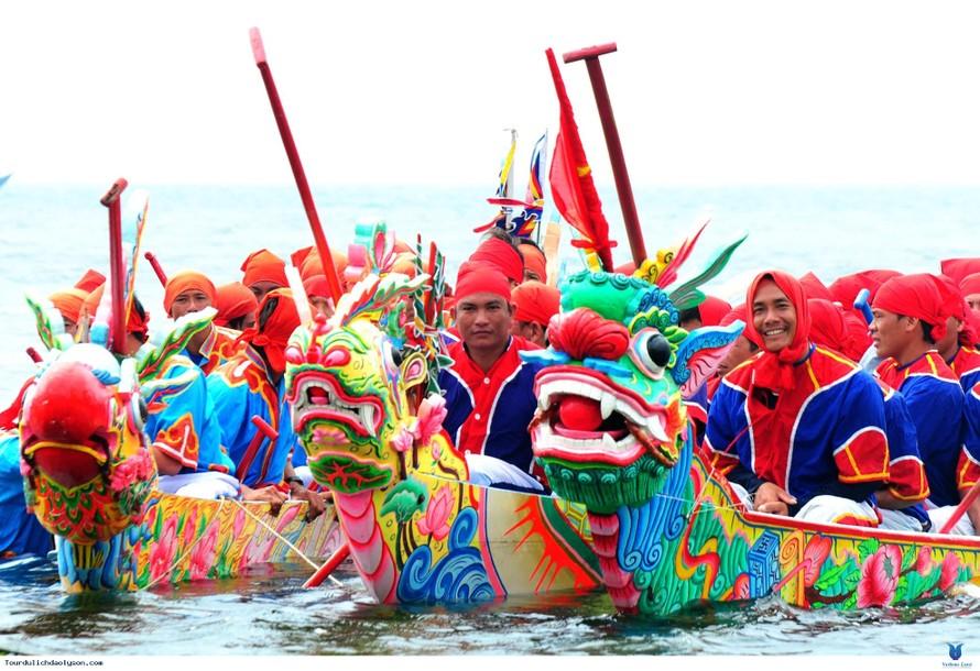 Lễ hội đua thuyền Tứ Linh được công nhận là Di sản phi vật thể