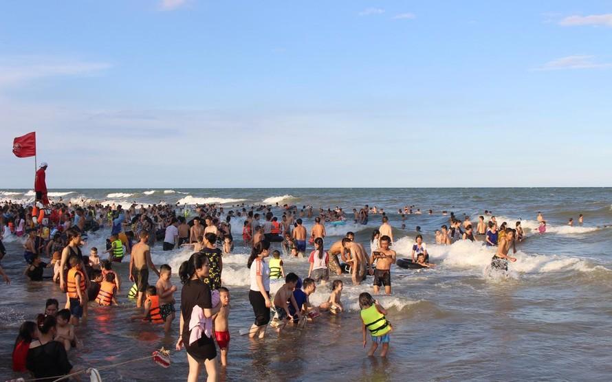 Thanh Hoá đón hơn 374 nghìn lượt khách dịp nghỉ lễ 30/4 và 1/5