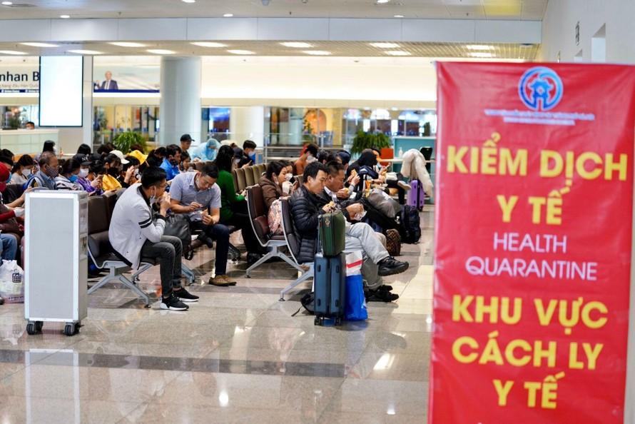 Rà soát kỹ việc nhập cảnh các chuyên gia nước ngoài vào Việt Nam