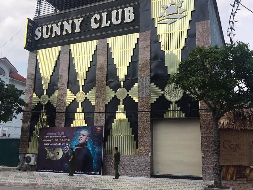 Quán bar- karaoke Sunny ở TP Vĩnh Yên (tỉnh Vĩnh Phúc) là nơi có nhiều nhân viên và khách đến quán nhiễm COVID-19.